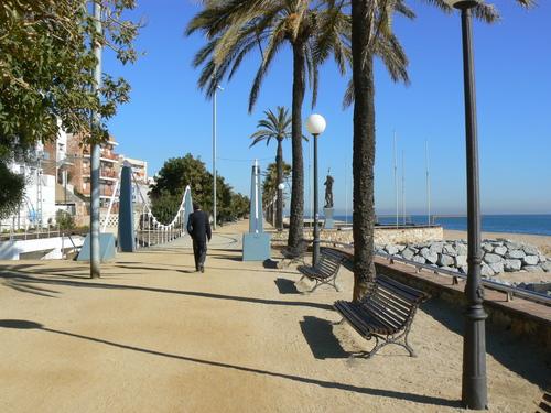 Ayuntamiento de canet de mar for Piscina canet de mar