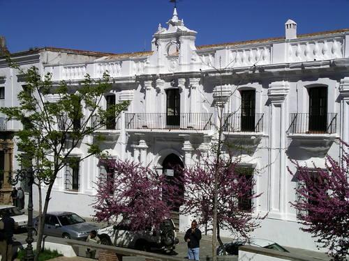 Ayuntamiento de Cazalla De La Sierra imagen de fachada