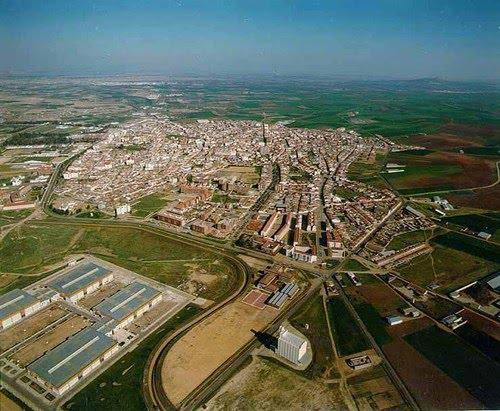 Ayuntamiento de don benito for Piscina don benito
