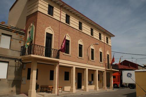 Resultado de imagen de ayuntamiento villarejo de orbigo